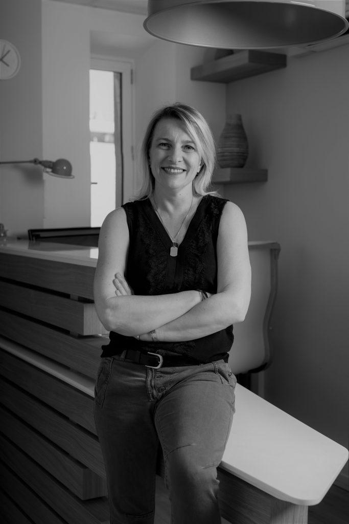 Adeline CORU, assistante juridique